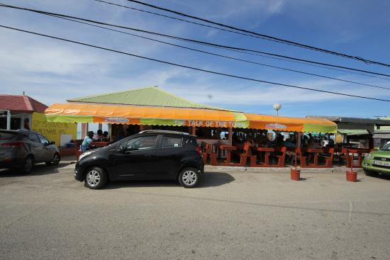 Talk of the Town : Seaside Eatery