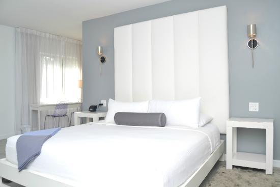 Royal Palms Resort & Spa: Beautiful Rooms
