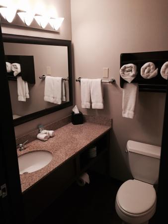 La Quinta Inn & Suites Butte: Nice modern suite