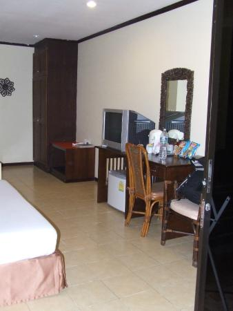 Patong Grand Ville Resort: Room