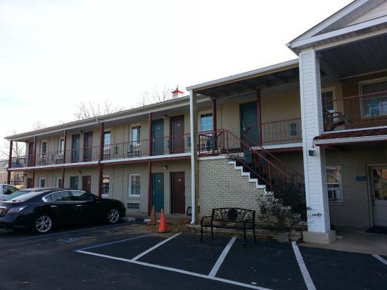homegate inn prices motel reviews elizabethtown ky. Black Bedroom Furniture Sets. Home Design Ideas