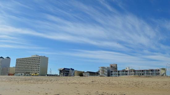 Econo Lodge on the Ocean : View from the beach. The hotel is the short one on the right.