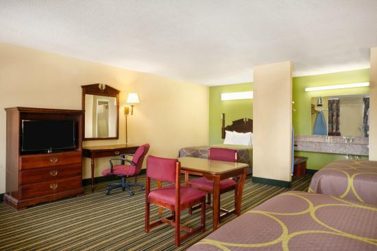 Double Bed Suite - Picture of Super 8 Orangeburg, Orangeburg ...