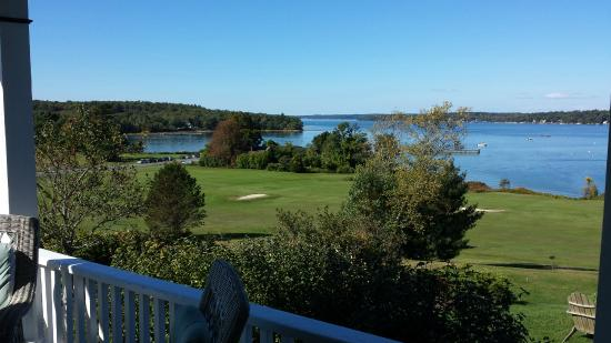 Chebeague Island Inn: Golf Course View From Porch