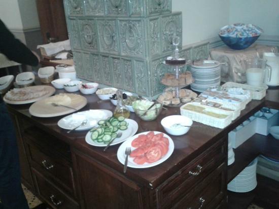 Hotel Amber Design: The breakfast buffet