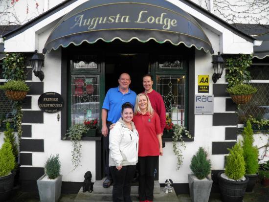 Augusta Lodge : Great B&B, Great People!