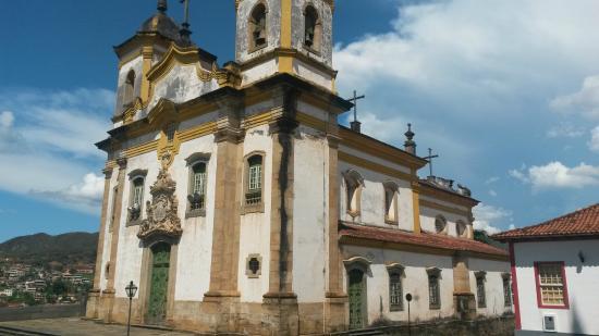 Resultado de imagem para FOTO igreja de São Francisco de Assis DE MARIANA