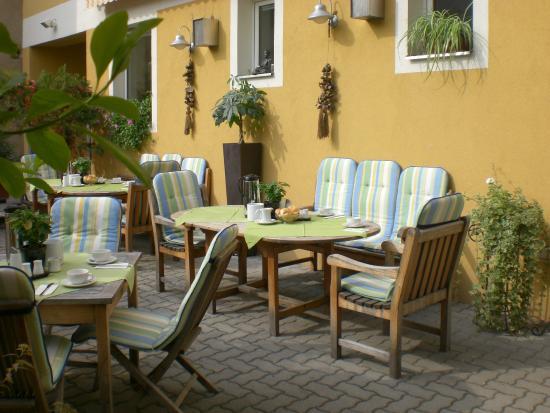 Hotel Liebetegger: Hotelgarten