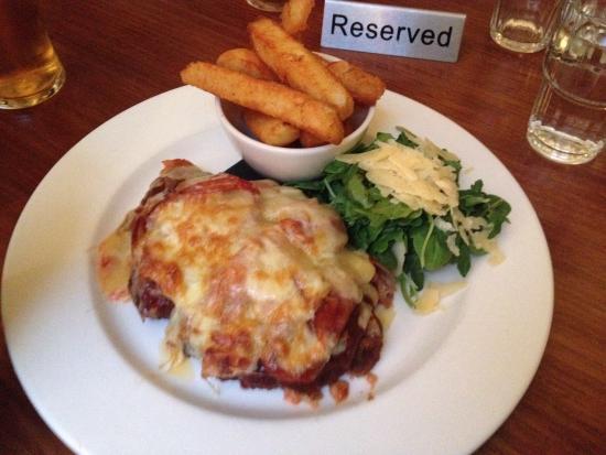 Brunswick Hotel: Yummy parmi