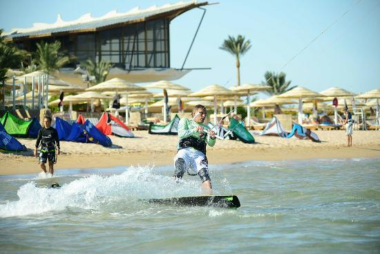 Colona Watersports Kite Surfing Centre