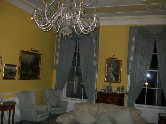 Harrington Hall: Public area, relaxing lounge