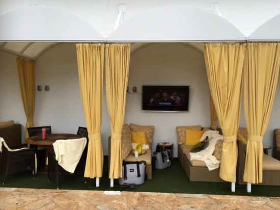 Hyatt Siesta Key Beach Resort, A Hyatt Residence Club: Pool cabana