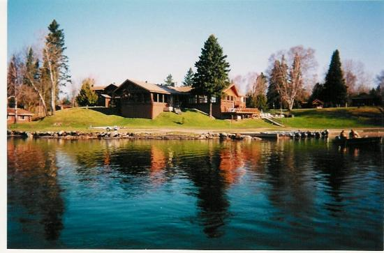North shore lodge eagle lake ontario canada reviews for Canadian fishing trips cheap
