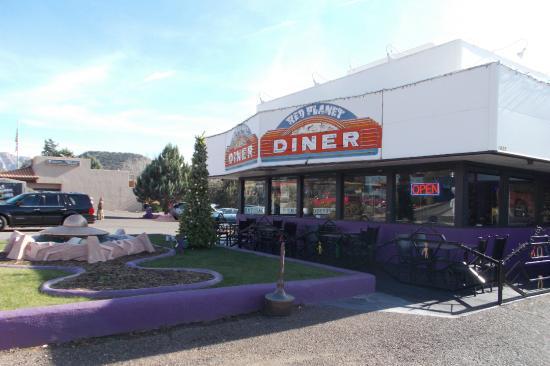 Red Planet Diner: front of diner