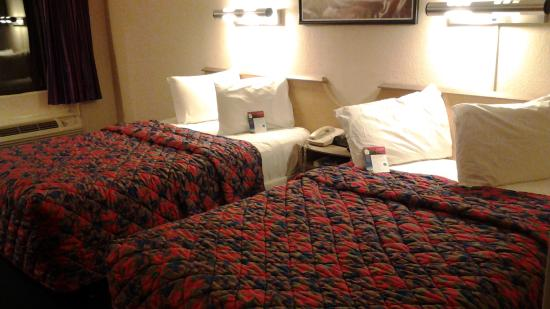 Red Roof Inn Myrtle Beach Hotel - Market Commons: clean rooms