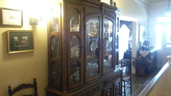 Red Bluff Cottage: in the hall outside the dining room