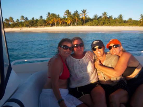 Cane Garden Bay Villas: Friends in Tortola that meet Julian