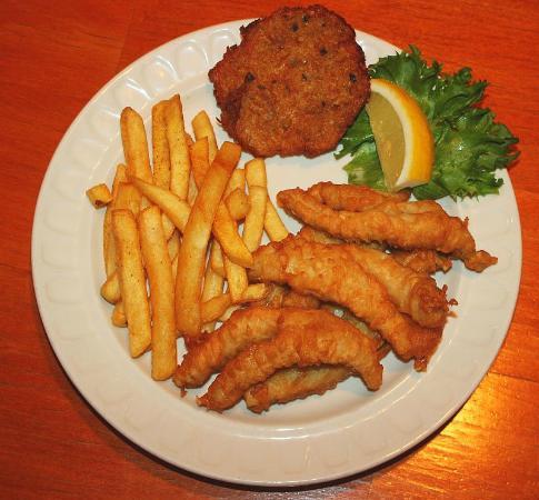 Jacksonport, Ουισκόνσιν: Deep Fried Perch - Friday Night Menu