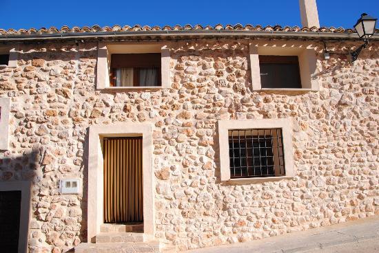 Fachada original de piedra picture of casa rural dalila las valeras tripadvisor - Casa rural original ...