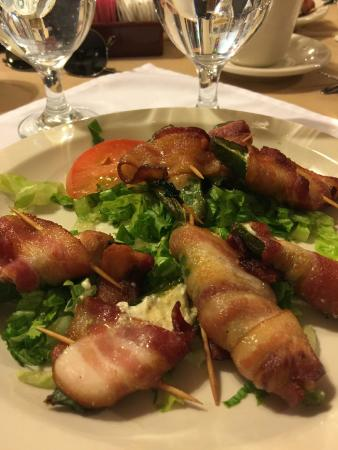 Gadsden Hotel: bacon wrapped jalepeno poppers