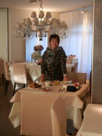 Spa Hotel Parigi 2: sala ristorante il momento della colazione