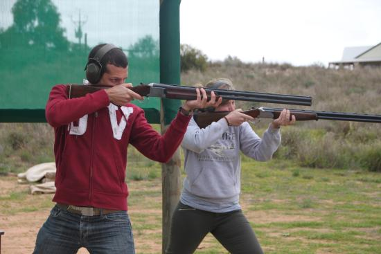 Riverview Rise Retreats : Trap Shooting experience