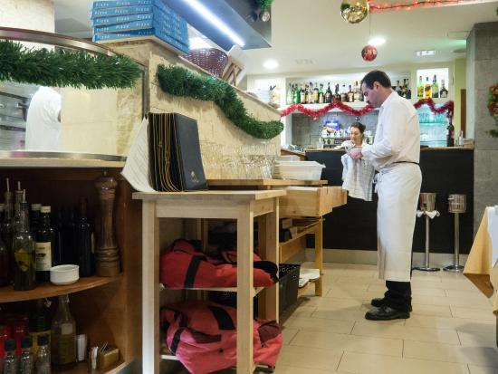 Schnell Alles Aufraumen Picture Of Ristorante Pizzeria Piccola