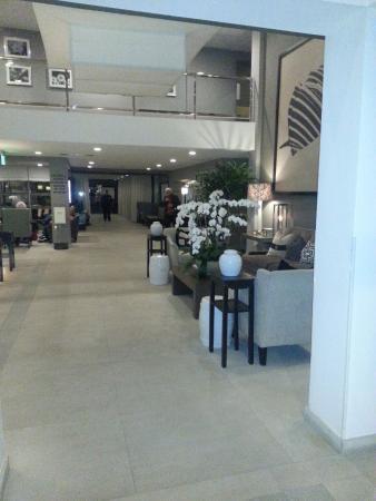 Luxe Sunset Boulevard Hotel: Lobby