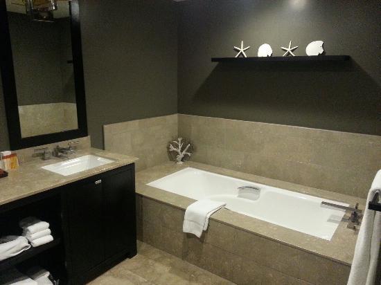 Luxe Sunset Boulevard Hotel: Room 237