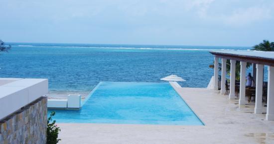 Las Verandas Hotel & Villas: Infinity Pool