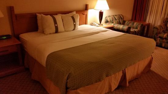 Radisson Hotel Tucson Airport: 3rd floor room