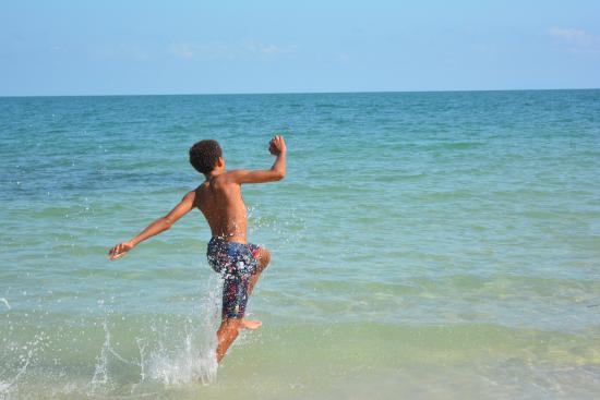 Pasir Tengkorak Beach: Running in