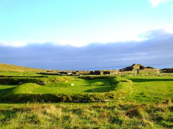 Brough Of Birsay: ruins