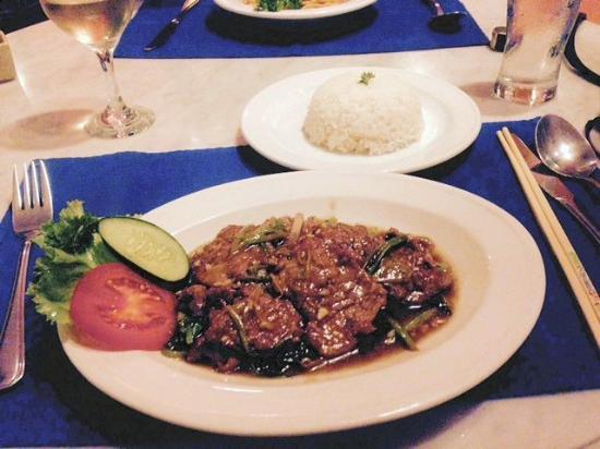 Garis Garis : Beef in Oyster sauce