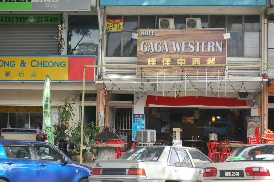 GaGa Western Corner