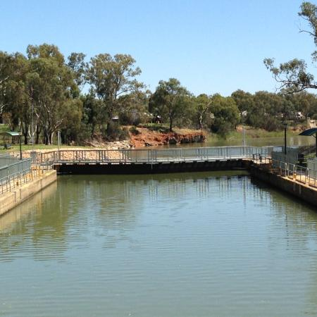 PS Melbourne: Lock 11