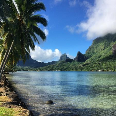 Papetoai, Frans-Polynesië: baie de Cook