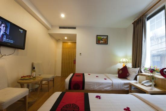Hanoi Romance Hotel : Deluxe City view