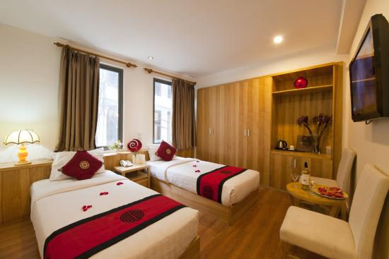 Hanoi Romance Hotel: Deluxe twin city room