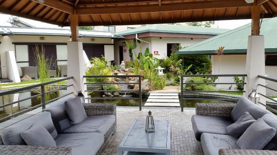 Chambres Cote Jardin Zen Picture Of Hotel Hibiscus Kone - Jardin-interior-zen