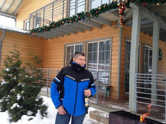 Turgoyak, Russia: Мангальная зона