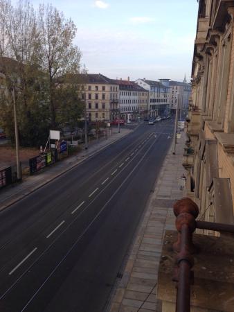 AHA Hotel Dresden: Вид из окна в направлении Банхов нойштад
