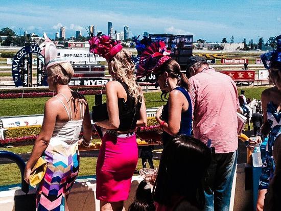 Gold Coast Turf Club: Colourful girls on magic millions day