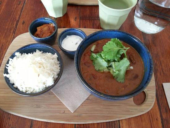 coffee chakra: kidney bean curry w rice and pickles wish you could smell this