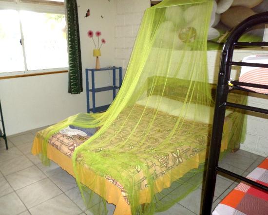 Pension Te Miti: room/chambre