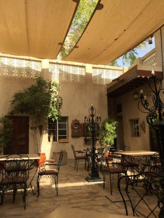 Orient Guest House : Courtyard