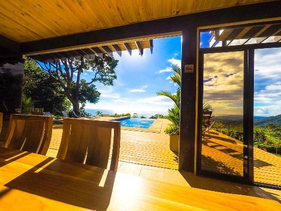 Kalon Surf - Surf Coaching Resort: Stunning views everywhere