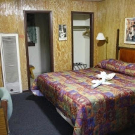 Siesta Motel The Room