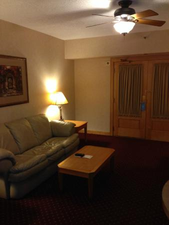 Wyndham Glenview Suites Chicago North : Nice big suite