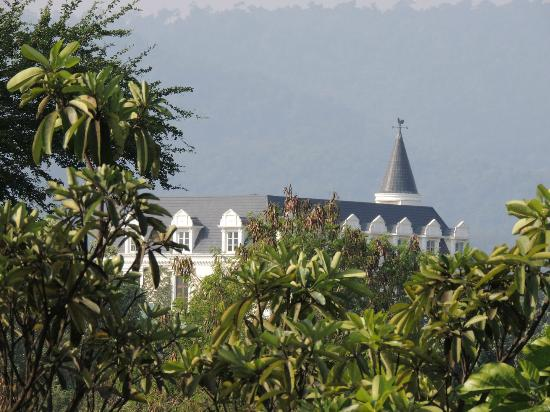 Chateau de Khaoyai Hotel & Resort: Another building of the hotel
